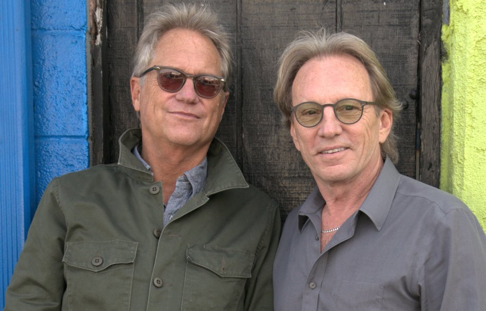 AMERICA | Official Website Featuring Gerry Beckley and Dewey Bunnell